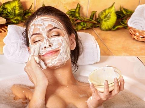 DIY-Gesichtsmasken zum Selbermachen