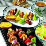 weiter zu - Dreierlei Fleisch-Spieße grillen