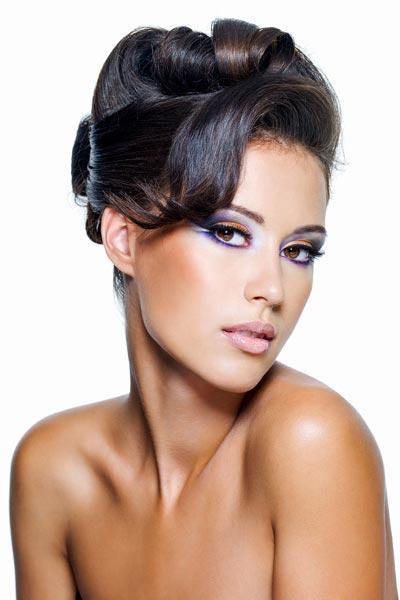 Hochsteckfrisuren für langes und mittellanges Haar