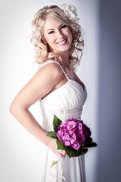 Frisuren für die Hochzeit - Brautfrisur mit Locken