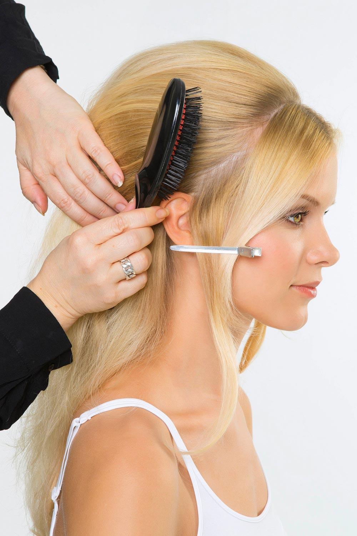Brigitte Bardot Frisur Style 1 Anleitung 1 Haare Abteilen