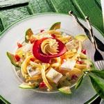 weiter zu - Käse-Nudelsalat mit Avocado
