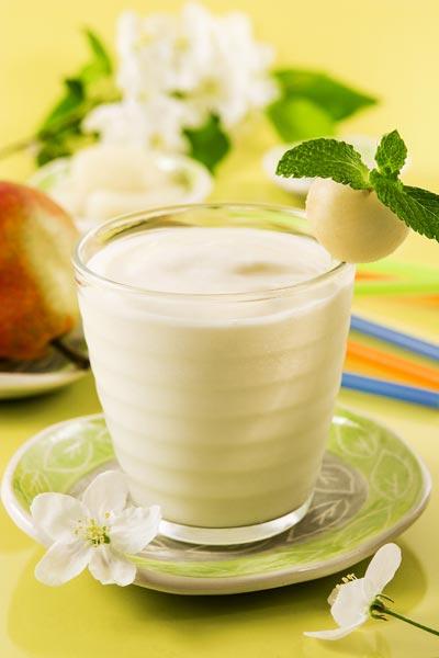 buttermilch shake mit birne di t shake rezepte mit buttermilch. Black Bedroom Furniture Sets. Home Design Ideas