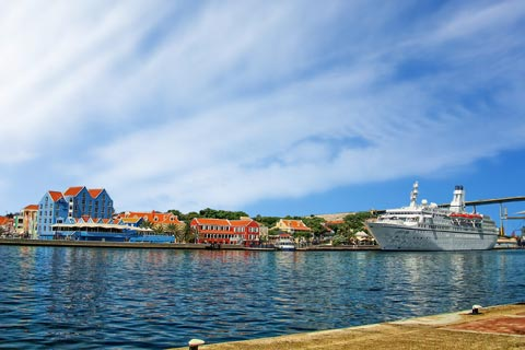 Die ABC-Inseln auf einer Kreuzfahrt entdecken
