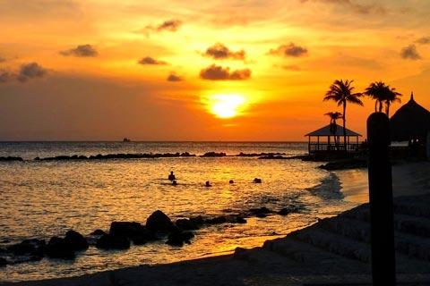 Bildschöner Sonnenuntergang auf Curacao