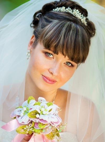 Hochsteckfrisur Mit Schleier Und Diadem Hochzeitsfrisuren