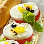 weiter zu - Tomaten-Mozzarella-Baguette