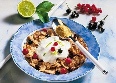 Magerquark-Rezepte zum Abnehmen: Müsli-Rezept mit Quark und Beeren