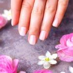 weiter zu - Biotin für Nägel und Haut