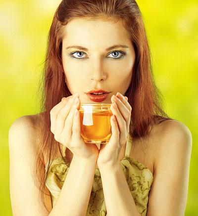 Entschlackender Tee gegen Pickel und Akne