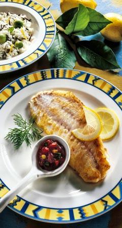 Fischfilet á la Mexicana mit Avocadoreis