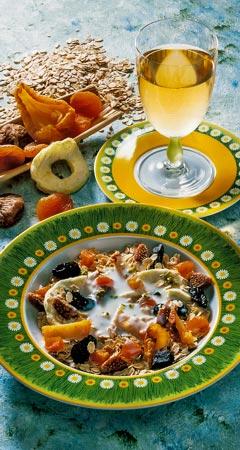 Frühstück - Haferflocken-Müsli mit Trockenfrüchten