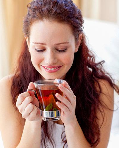 Viel trinken gegen Pickel und Akne