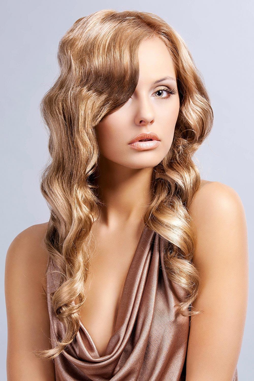 elegante abendfrisur, offen gestylt   lange frisuren mit