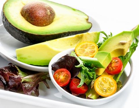 Schöne Haut durch Avocado