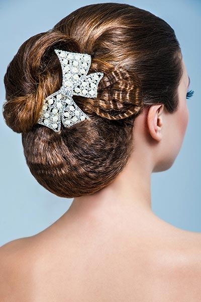 Haarschmuck mit Strass und Perlen