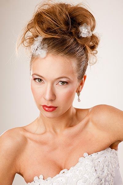 Haarschmuck für Braut und Hochzeit - Curlies mit Blüten