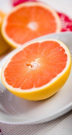 Zwischenmahlzeit - Grapefruit mit Weizenkeimen
