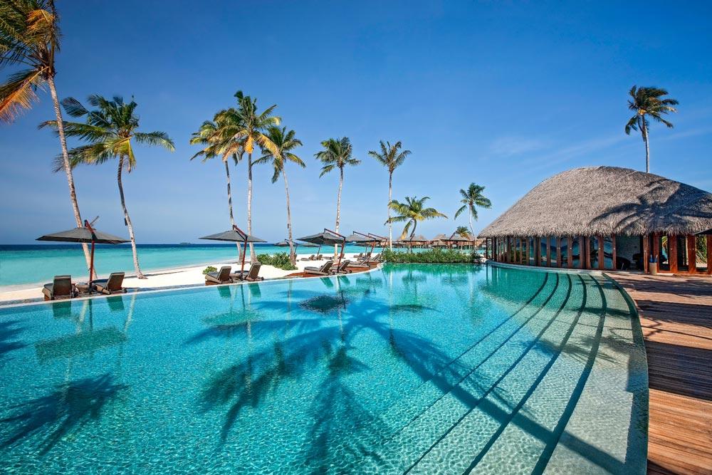 Ein Hotel am Strand auf den Malediven - Malediven Insel