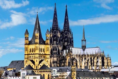 Sehenswertes in Köln – Sehenswürdigkeiten und Attraktionen in Köln: Kölner Dom und Kirche Gross St.Martin
