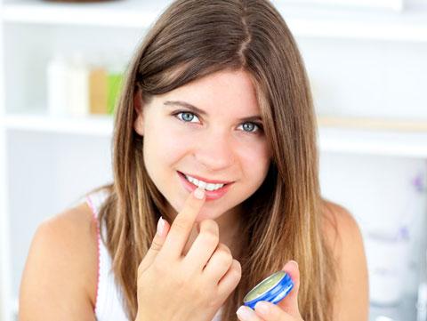 Lippenpflege selber machen - Lippenbalsam gegen Herpes