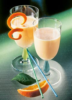 Buttermilch-Diät - 1. Tag: Zwischenmahlzeit - Orangen-Flip