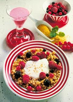 Gesunde vegetarische Diät - Frühstück: Beeren-Müsli