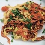 zu italienische Rezepte - Tagliatelle mit Parmaschinken