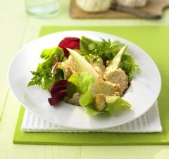 Leckere Salate: Sommersalat mit gebratenen Pilzen und Walnüssen
