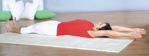 Bauchmuskeln trainieren - Übung 3