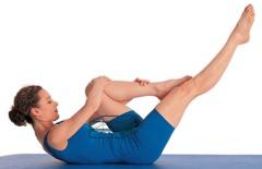 Pilates Übungen Beine: Pilates für zu Hause - Dehnung mit einem Bein