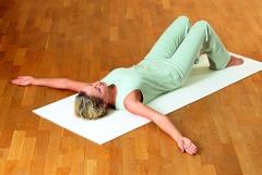 Feldenkrais Übungen: Starten Sie die Bewegungen wieder.