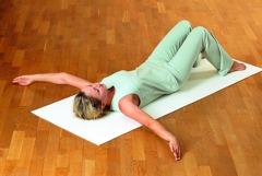 Feldenkrais Übungen: Nehmen Sie die Bewegungen wieder auf.