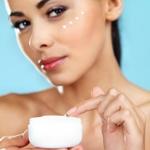 weiter zu - Kosmetik mit Hyaluronsäure
