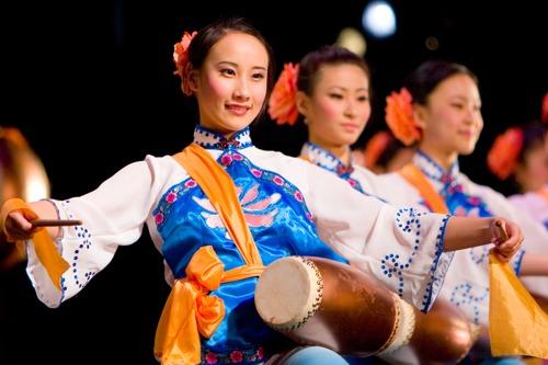 China: Musik – Traditionelle chinesische Musik ist in Harmonie mit dem Kosmos