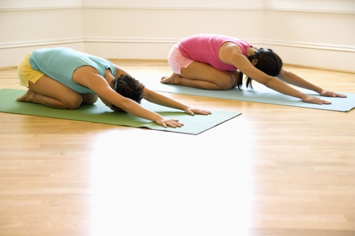 Anti-Aging Kur: Länger jung bleiben mit Pilates Übungen