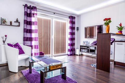 farben die zu lila passen welche farben passen zu lila. Black Bedroom Furniture Sets. Home Design Ideas