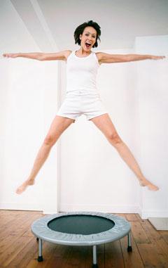 Abnehmen mit Trampolin springen