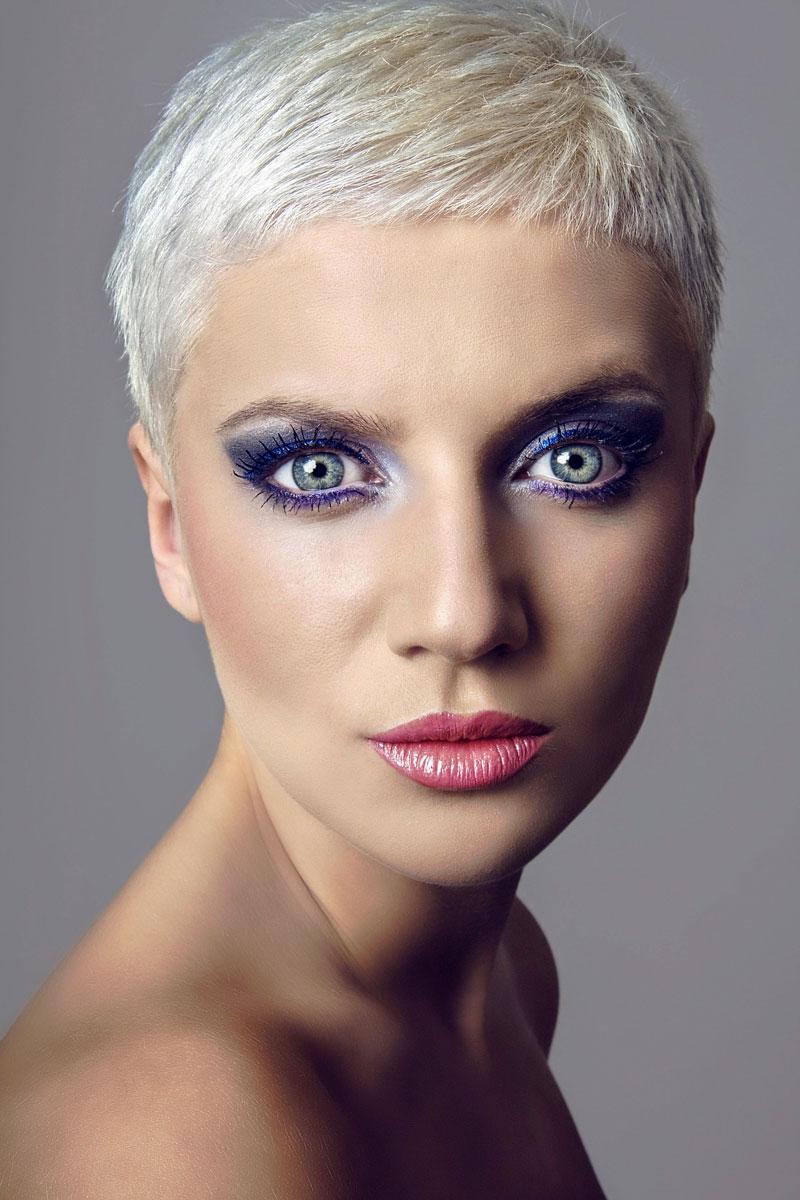 coole blonde haare und blaue augen blonde kurze haare. Black Bedroom Furniture Sets. Home Design Ideas