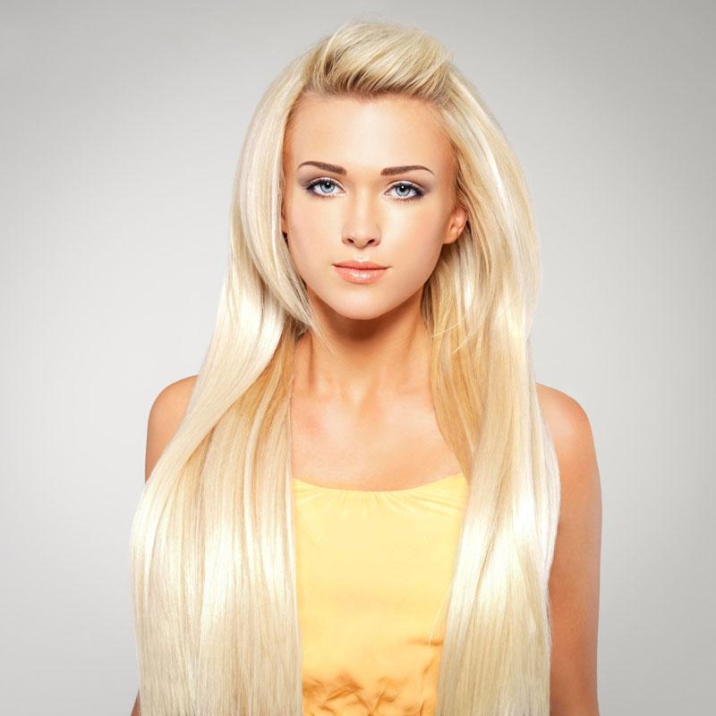 Extrem lange Haare in Platinblond - Blonde lange Haare