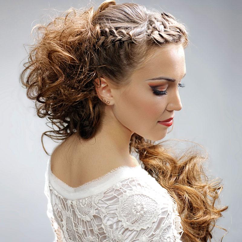 Offene Flechtfrisur Mit Locken Geflochtene Haare Und Frisuren