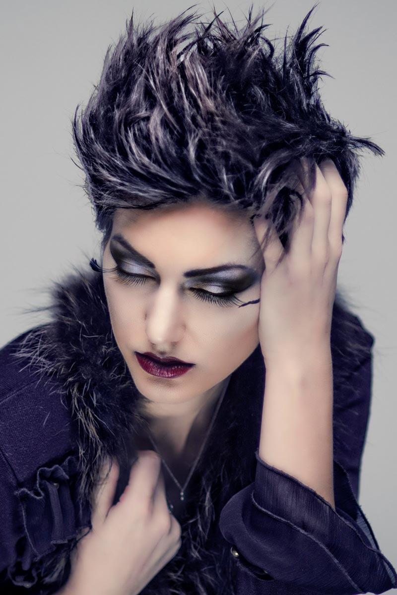 Kurze Punk Frisur Fur Powerfrauen Freche Pfiffige Und Flippige
