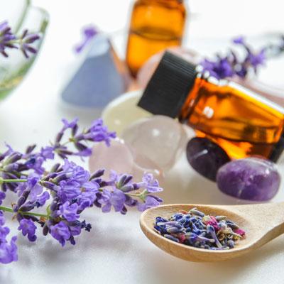 Kräuter-Lipgloss mit Lavendel selber machen