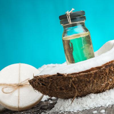 nat rliche seife mit kokos l selbst machen seifen rezept anleitung. Black Bedroom Furniture Sets. Home Design Ideas