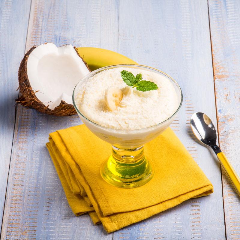 leichte low carb kokos mousse mit banane rezept. Black Bedroom Furniture Sets. Home Design Ideas