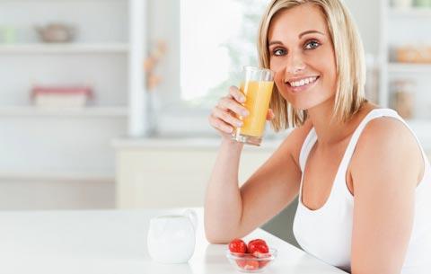 http://www.ihr-wellness-magazin.de/uploads/pics/34_saft-zum-abnehmen_4072685_480.jpg